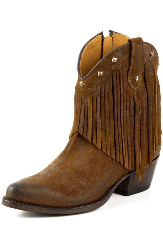 WOMEN'S BOOTS WITH FRIDGES (brown)